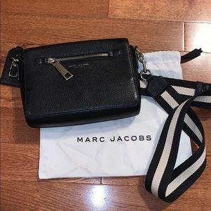 Marc Jacobs black leather purse crossbody bag